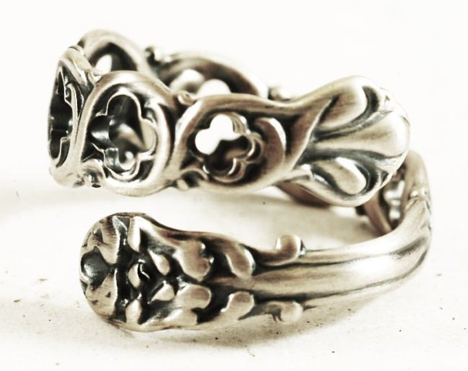Small Victorian Pierced Sterling Silver Spoon Ring, Petite Statement Piece, Upcycled Spoon, Handcrafted Gift, Personalized Ring Size (7273)