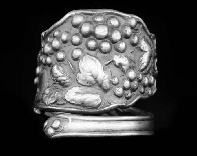 Currant Ring, Rare Sterling Silver Spoon Ring, Currant Grape Vine Fruit Jewelry, Antique Watson ca 1903, Chunky Ring, Adjustable Size (7956)