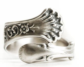 Forget Me Not Ring, Antique Spoon Ring Sterling Silver, Small Forget Me Not Flower, Custom Ring Size, Hyperion Whiting Silver ca 1888 (6902)