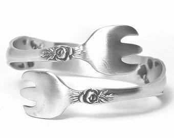 Beautiful Rose Flower Bracelet, Floral Bangle in Sterling Silver Spoon Bracelet, Gift for Her, Sterling Flatware Jewelry, Size 5 6 7 (B7379)