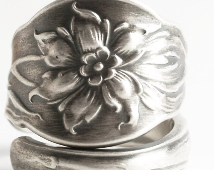 Narcissus Flower Ring, Daffodil Ring, Sterling Silver Spoon Ring, Antique Daffodil Jewelry, Wedding Ring Alternative, Custom Ring Size, 7000
