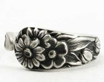 Tiny Wild Flower Pinky Ring, Size 4.5 Vintage Floral Sterling Silver Spoon Ring, Kirk Stieff Repoussé Salt Spoon, Handmade Flower Ring, 7243
