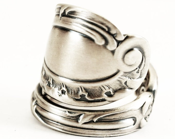 """Antique Rococo Spoon Ring, Reed & Barton Sterling Silver, """"1890 La Rocaille"""", Chunky Spoon Ring, Handmade and Adjustable to Your Size (7236)"""