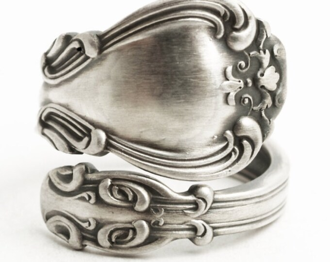 Antique Spoon Ring Sterling Silver, Gorham Silver, Gorham Chantilly ca 1895, 5th Anniversary, Pretty Spoon Ring Adjustable Ring Size (6247)