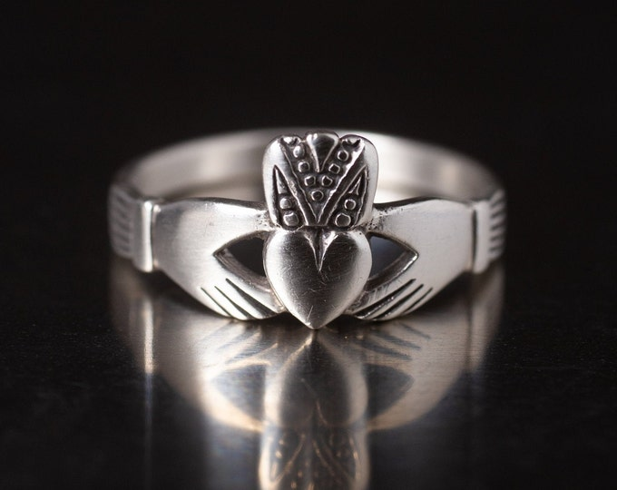 Authentic Vintage Sterling Silver Claddagh, 925 Band Ring, Celtic Irish Love, Friendship Heart Crown Ring, Gift For Her, Size 8 1/2 (V7845)