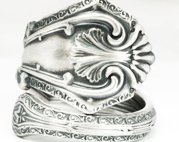 "Stunning Victorian Ring, Sterling Silver Spoon Ring, Antique International Silver ca 1907 ""Duchesse"", Custom Ring Size, Flatware Ring (7131)"