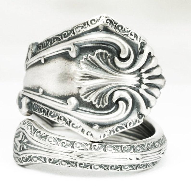Handmade Vintage Floral Sterling Silver Spoon Ring Hallmarked 1957