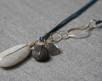 B A N D E D stones necklace