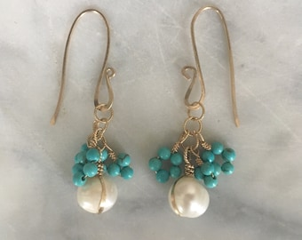 T U R Q U O I S E  and pearl dangle earring