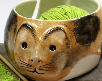 Pottery Yarn bowl,ceramic yarn bowl,knitting accessory,swirled clay bowl,mixed clay swirl,bowl for knitters,knit gift,burnt orange yarn bowl