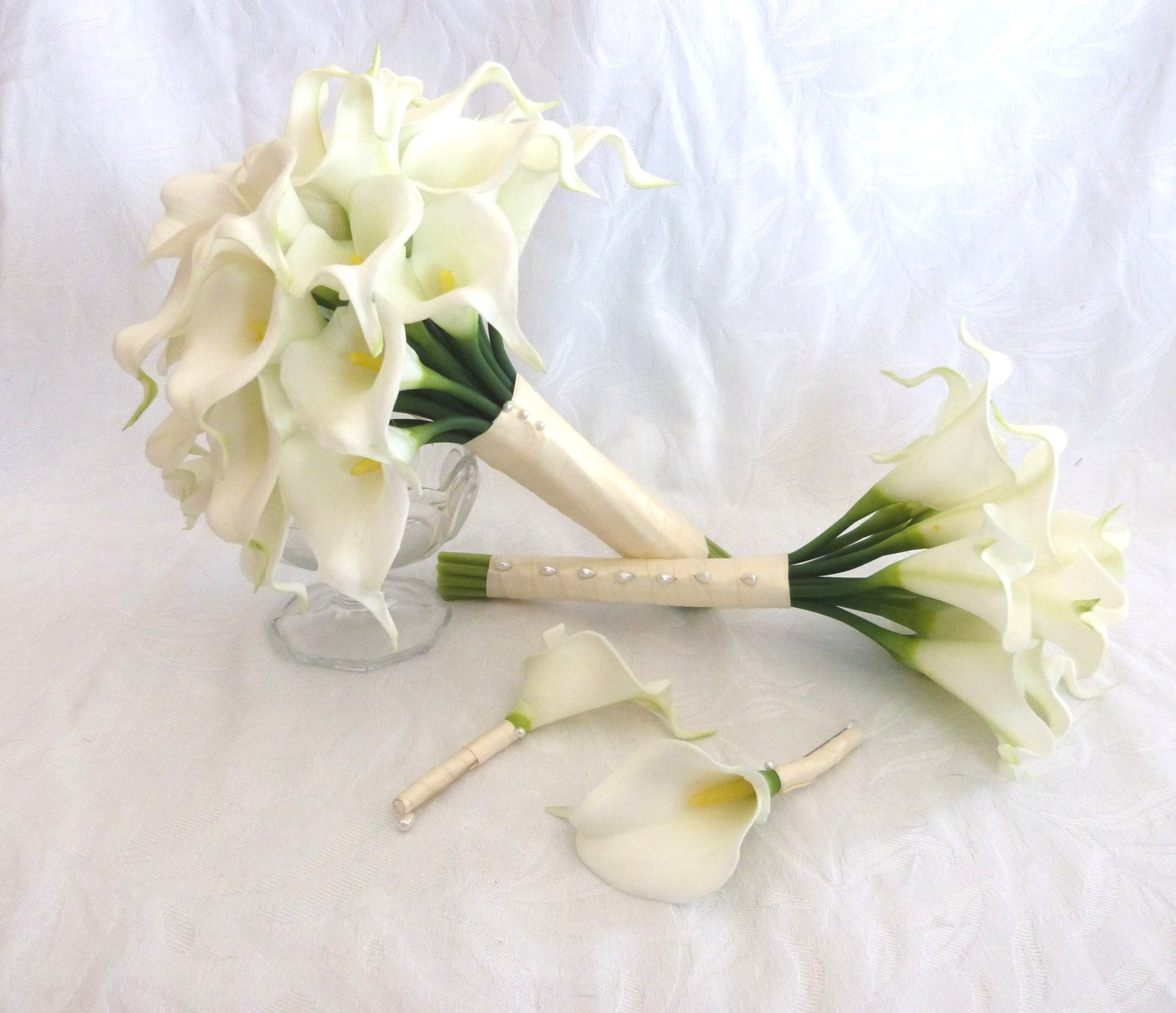 Wedding Bouquets Ideas Simple: Calla Lily Wedding Bouquet Simple Elegant Real Touch Mini