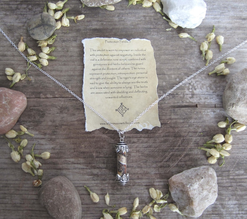 witchcraft amulet  protection  wiccan jewelry witchy image 0