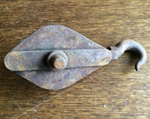 Vintage French rusty iron well barn double twin rope pulley hook tool block circa 1930-40 39 s EVE of England