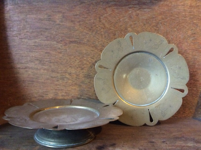 Vintage English butterfly embossed set of 2 elevated plates on stands circa 1940-50/'s  English Shop