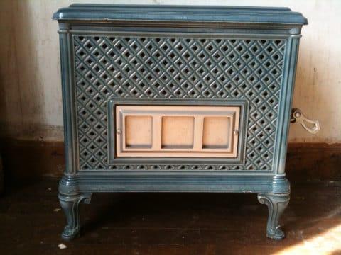 antique french wood log burner stove le forestier light. Black Bedroom Furniture Sets. Home Design Ideas