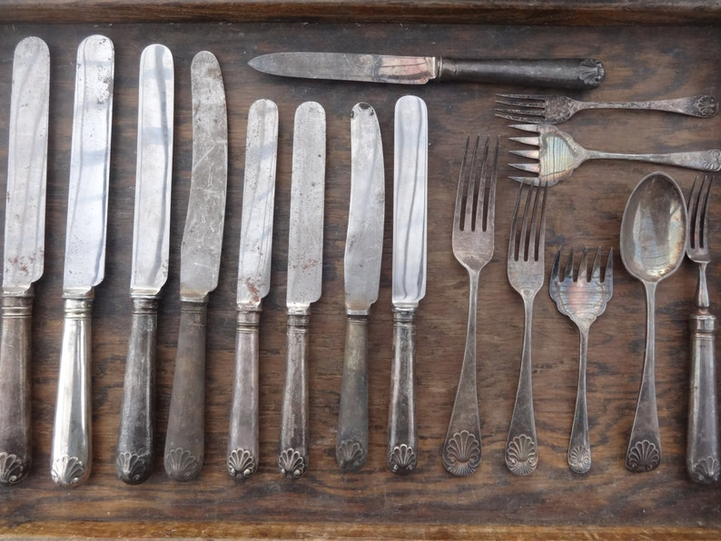 Vintage English Sheffield Made Unfinished Old English Shell Assorted Serving Cutlery Silverware Flatware MIXED SET c1960/'s  English Shop