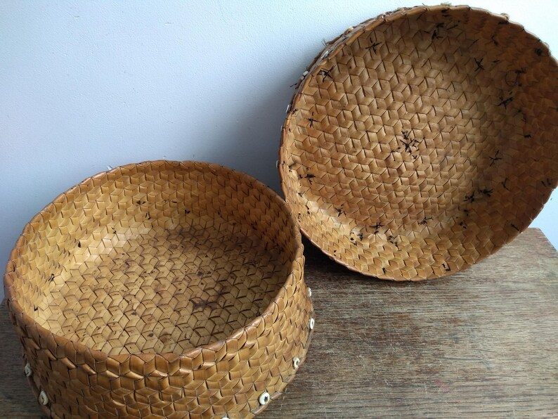 Vintage Oceania South Pacific Bali Lidded Woven Palm Leaf Storage Box Primitive Art Wooden Wood Ornament circa 1950-1960/'s  EVE of Europe