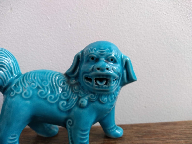 Vintage Chinese Turquoise Bright Blue Ceramic Small Foo Dog Asian decorative ornament decoration display circa 1960-70/'s  English Shop
