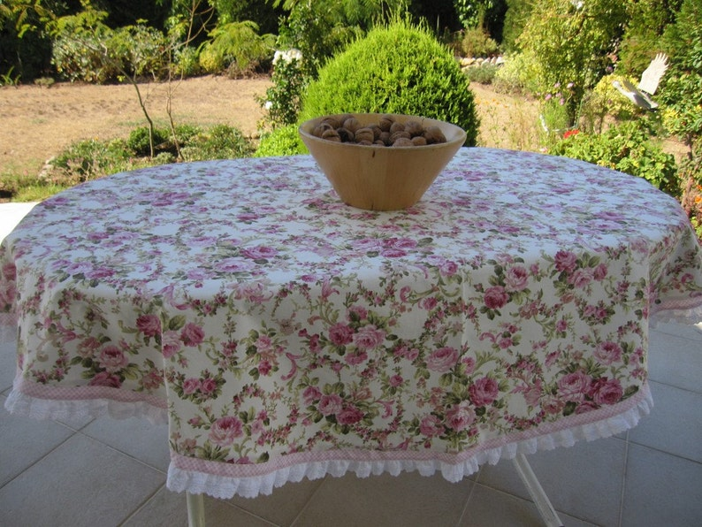 Shabby Chic Pink Floral Round Tablecloth   Duck Linen  Pink Checkered   White Eyelet Ruffle Around Table Cloth Shabby Chic Home Decor
