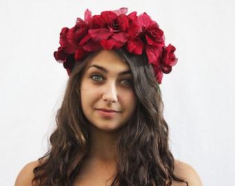 Red Velvet Rose Flower Crown, Rose Floral Headpiece, Frida Kahlo, Floral Crown, Red Rose Headband, Blumenkrone, Couronne de Fleurs, Bohemian