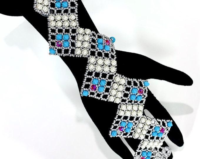 Featured listing image: Nazo Zig Zag Lace Blue Bracelet and Free Tutorial