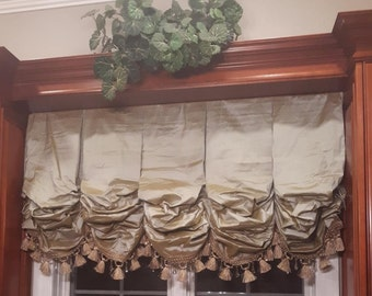 Tailored Balloon Valance with Optional Trim