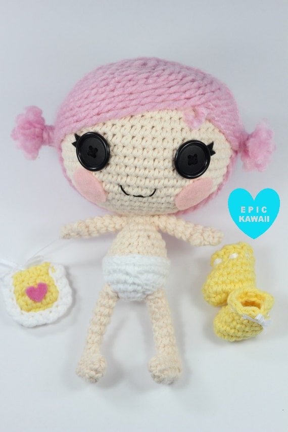 Ravelry: Weebee Standard Size Baby Doll pattern by Laura Tegg | 855x570