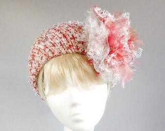 Dutch design multicolour bouclé halo hat with ton sur ton brooch that can be placed evreywhere
