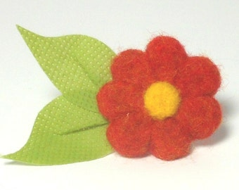Summer Blossom Needle Felted Pin in Tangerine Tango Orange with Leaves
