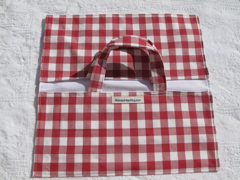 stocking filler for a woman perfect hostess gift red gingham Pie carrier
