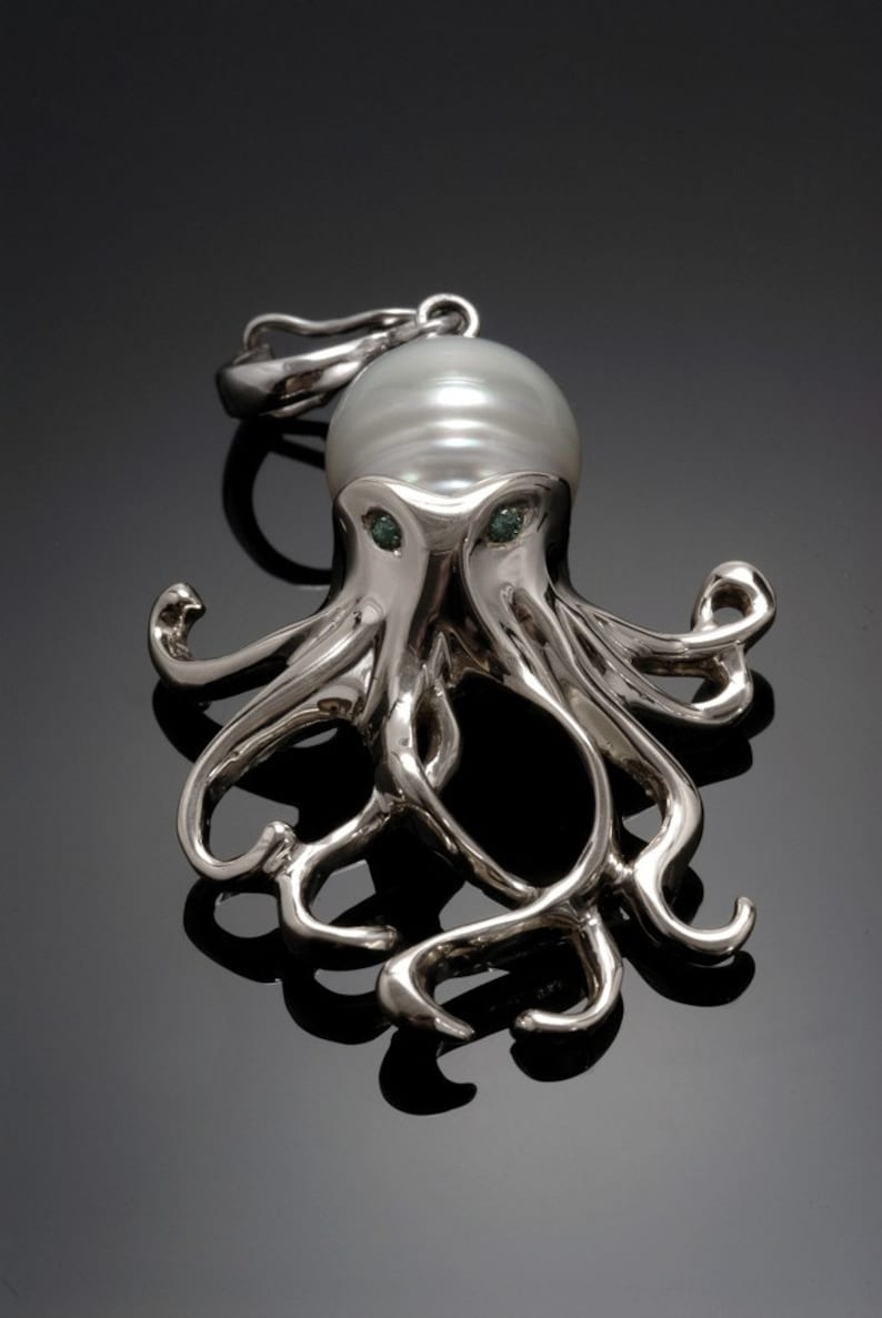Sterling silver Octopus pendant. With pearl body & image 0