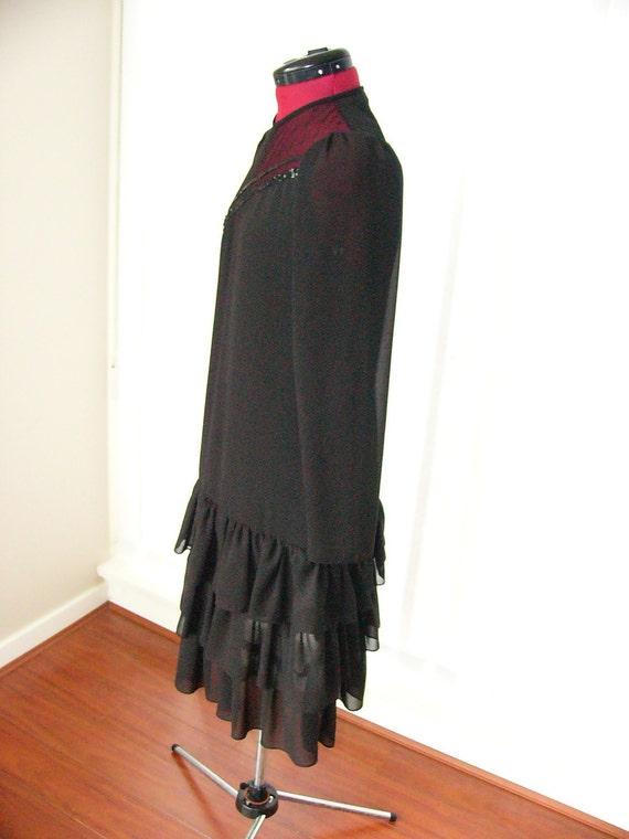 80's Black Flapper Evening Dress with Ruffled Ski… - image 4