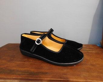 8cd2f3043a6d Black Velvet China Flats Size 6.5 or 7