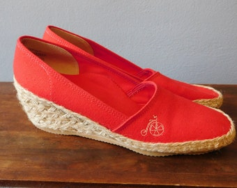 7027ccdd1688bc Vintage Famolare Red Espadrilles