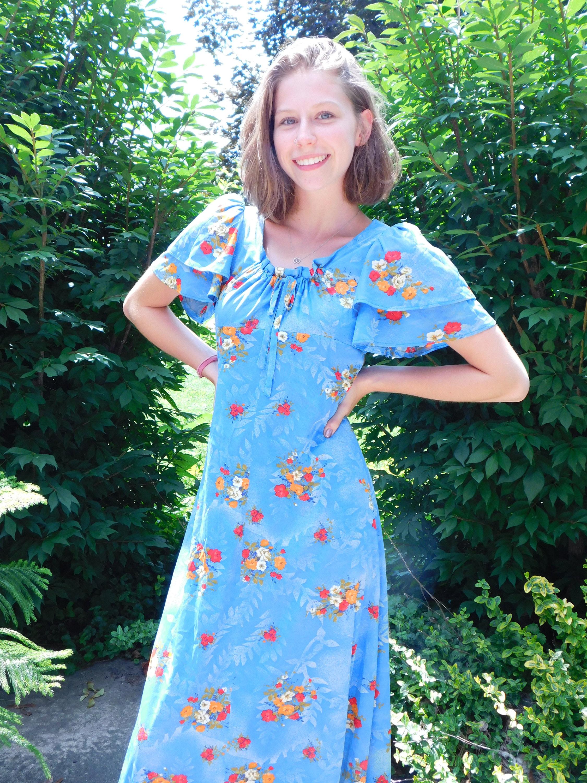 dfcb91b5612 Vintage Blue Floral Maxi Dress with Flutter Sleeves Boho