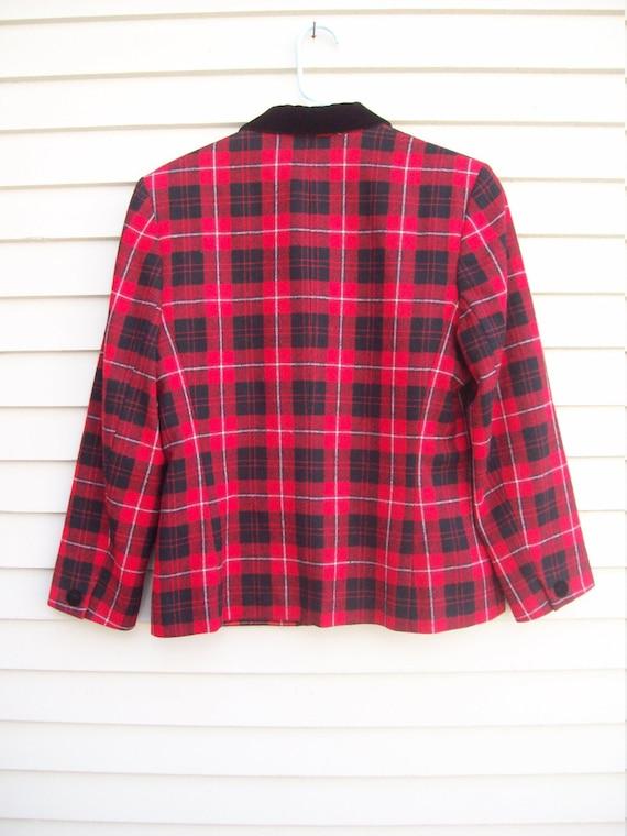 Pendleton Wool Red Plaid and Black Velvet Trimmed… - image 4