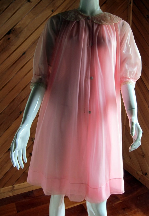 1960s Pink Peignoir Set | Vintage Lingerie | 1960s