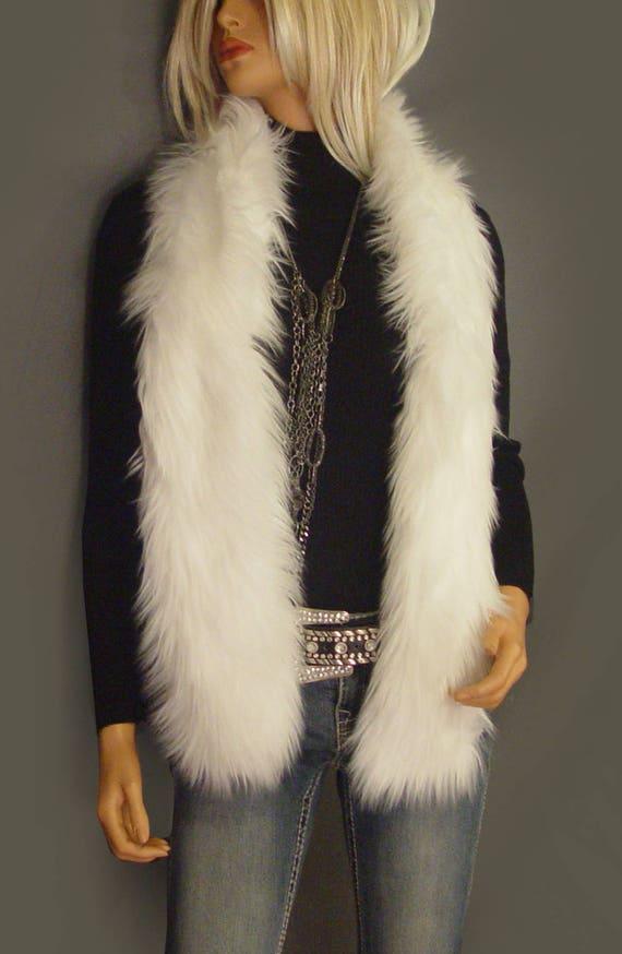 UK Seller Scarf NEW Beautiful Beige Soft Faux Fur Stole