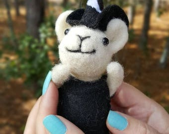 Mouse Witch-art doll- handmade needle felted animal-felt witch in black witch hat-wicca-wiccan altar decor