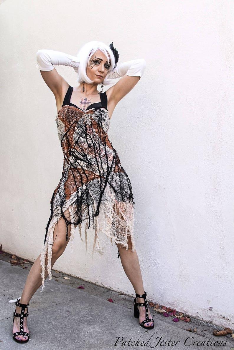 7b2727c5c2a Gothic-Kleid schwarz rot und weiß Spider Webb Kleid