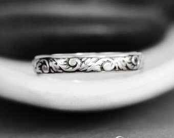 Silver Vine Band - Nature Inspired Ring - Silver Wedding Band Women - Sterling Silver Floral Patterned Ring - Botanical Ring - Floral Band