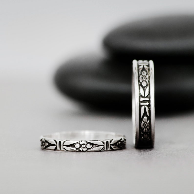 f7b980287210f Forget Me Not Wedding Band Set - Sterling Silver Wedding Set - Floral  Promise Ring Set - Promise Rings for Couples - Matching Couple Rings