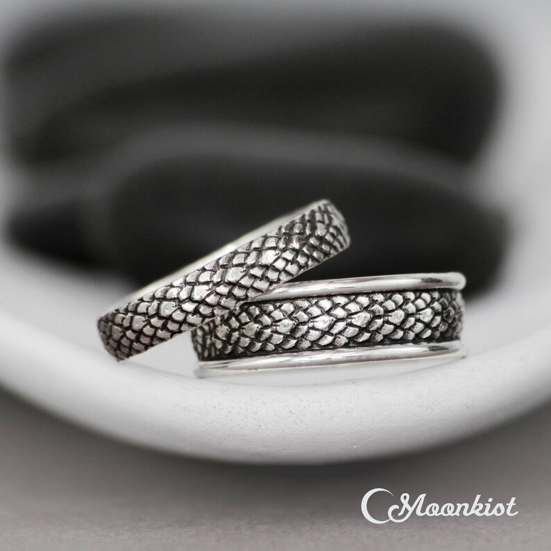 3b8f90949 Dragon Wedding Band Set Matching Rings for Couples | Etsy