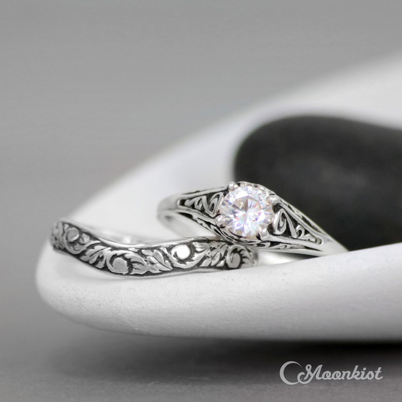Dainty White Sapphire Engagement Ring /& Floral Fitted Band Sterling Silver Filigree Engagement Ring Set Nature-Inspired Wedding Ring Set