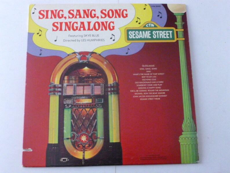 Vintage Vinyl Sesame Street Sing,Sang,Song Singalong Vinyl Record LP CTW  25520 With Word Booklet Sesame Street Records 1978 Vinyl Records