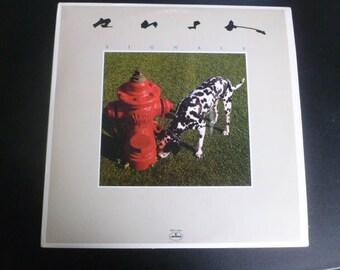 Rush Signals Vinyl Record LP SRM-1-4063 Poly Gram Records  Records 1982