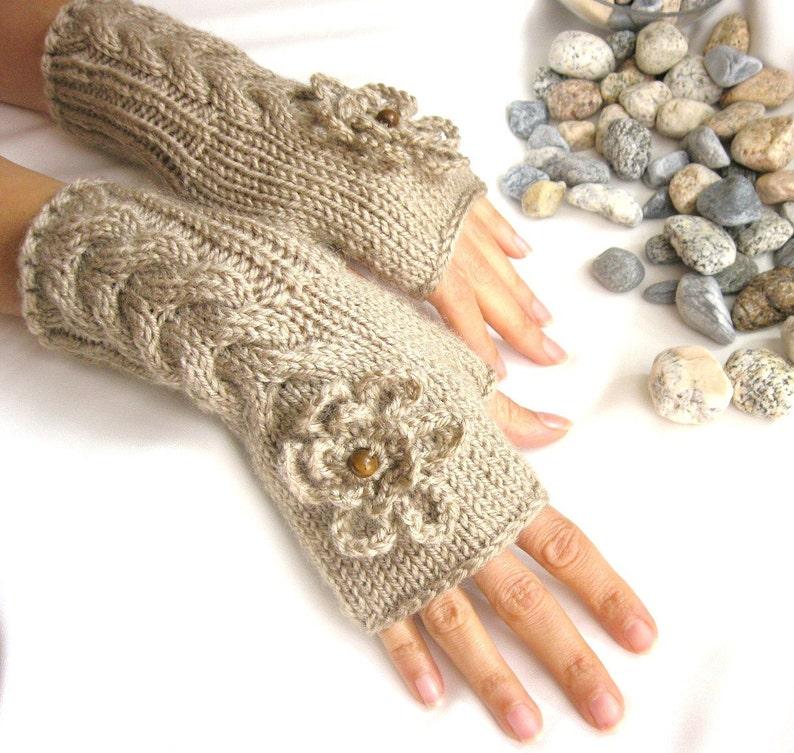 Manicotti guanti guanti di lana senza dita con perline di  1b13d0b98ca5