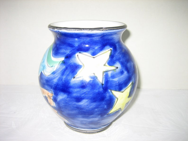 Handsome Floating Holiday Trumpet Playing Angel Vintage Italian LA MUSA Hand-Painted Folk Art Pottery Vase In Picasso Style Feat