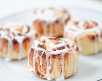 Cinnamon Bun Soaps - gift set - Autumn fall soap - fun gift - food soap - Cinnamon Rolls