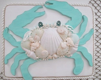 Shell/Wood Crab on Driftwood Board, Turquoise/White, Rope